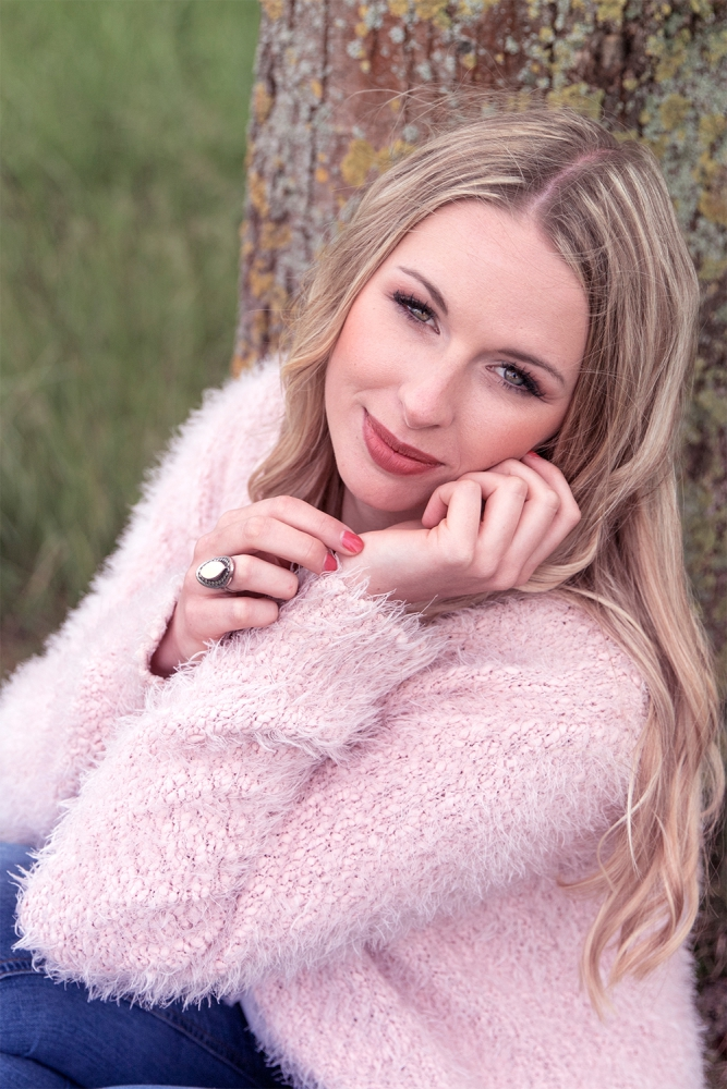 Portrait, Portraitfoto, Foto Fräulein, Sommer, Sonne, Porträt, Porträtfoto, Fotografie, Heidenheim, Mittelfranken, Shooting, Fotoshooting, Beauty, Beautyphotoshooting, Photoshooting, romantisch, Romanticlook